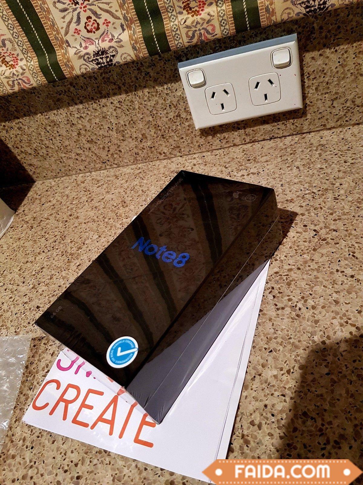 Samsung Galaxy Note8 SM-N950U - 64GB - Midnight Black Smartphone